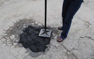 Pothole Repair DIY Methods