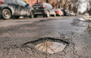 Pothole repair challenging situations